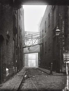 Warehouses in Limehouse Victorian London, Vintage London, Old London, Old Pictures, Old Photos, Irish Catholic, East End London, London Photos, Best Cities