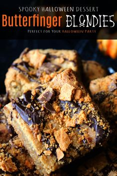 A Halloween treat recipes featuring Halloween Blondies decked out with peanut butter, crushed Butterfinger candy, and a drizzle of dark chocolate. A perfect fall dessert! Candy Recipes, Brownie Recipes, Baking Recipes, Cookie Recipes, Dessert Recipes, Bar Recipes, Holiday Recipes, Chocolate Recipes, Sweet Recipes