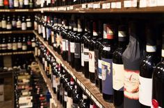 Why aren't sulphite levels on wine labels - Ask Decanter - Decanter White Wine, Red Wine, Wine Education, Organic Wine, Sweet Wine, Wine Making, Alcohol Free, Wine Decanter