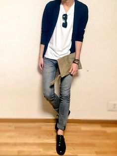 Tomboy on point. Urban Outfits, Cool Outfits, Casual Outfits, Korean Fashion Men, Mens Fashion, Fashion 2017, Girl Fashion, Dressing, Weekend Style