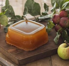Cómo hacer dulce de manzana casero. Receta Candy Recipes, Mexican Food Recipes, Dessert Recipes, Apple Recipes, Sweet Recipes, Easy Lunches For Work, A Food, Food And Drink, Dulce Candy