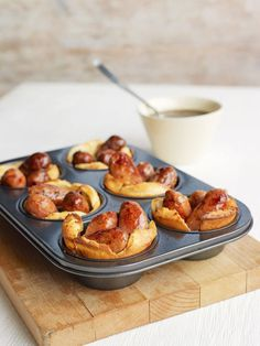Toad in the hole recipe - - Consisting of sausages set in a golden pillow of crispy batter, old-fashioned toad in the hole is one of the great British classics. Bonfire Night Food, Bonfire Night Guy Fawkes, Bonfire Ideas, Toad In The Hole, Good Food, Yummy Food, Tasty, Christmas Party Food, Christmas Buffet