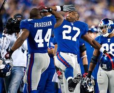 Just have to love those NY Giants....let's hear it for Brandon Jacobs and Ahmad Bradshaw...whoo hoo