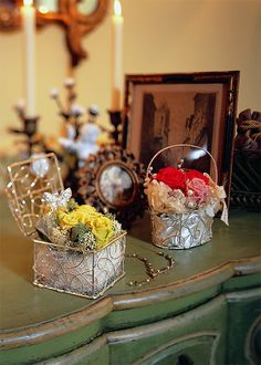 preserved flower composition