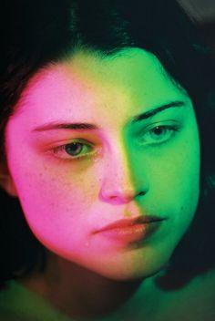 Fotografia: Petra Collins fala sobre saúde mental em sua nova exposição