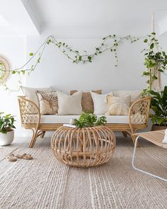 Byron Bay Hanging Chairs- London Lounger 3 Seater- (Pick up Only) Rattan Sofa, Rattan Furniture, Cool Furniture, Boho Living Room, Living Room Decor, Bedroom Decor, Boho Lounge, Bohemian Furniture, Boho Stil