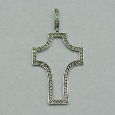 Cruce cu diamante, aur alb - Artofdiamonds.ro http://www.artofdiamonds.ro/bijuterii-cu-pietre-pretioase-si-semipre/pandantive/cruce-cu-diamante-aur-alb #pandantiveauralb #pandantivediamante #pandantivecruce #diamante #diamondcrosspendants #diamonds