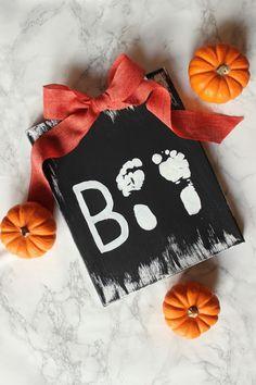 DIY | Halloween Footprint Art                                                                                                                                                                                 More