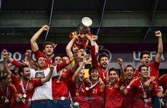 Spain // Euro 2012 Euro 2012, Ronald Mcdonald, Sport, Red, Deporte, Sports