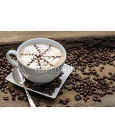 doris oberfrank-list, Latte Macchiato mit Milchschaum und Schokoladen-Topic