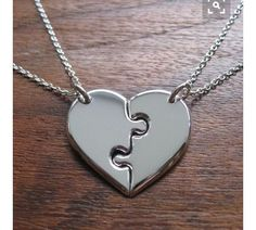 Necklaces For Girlfriends Two Best Friends Heart Pendant Necklaces on Wanelo Bff Necklaces, Best Friend Necklaces, Best Friend Jewelry, Cute Couple Necklaces, Bracelets, Tattoo Ringe, Ring Armband, Couple Jewelry, Friendship Necklaces