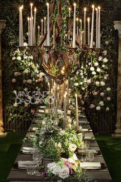 Organic centerpiece in a bucolic garden mood Wedding Centerpieces, Wedding Decorations, Table Decorations, Event Design, Garden Wedding, Greenery, Floral Design, Design Ideas, Organic