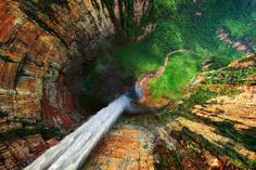In this incredible capture by Dmitry Moiseenko, we look down the jaw-dropping Dragon Falls in Venezuela. Known locally as Churun Meru, it's apparently about 10 km south of Angel Falls in the same valley. Oh The Places You'll Go, Places To Travel, Places To Visit, Angel Falls Venezuela, Monte Roraima, Beautiful World, Beautiful Places, Amazing Places, Beautiful Pictures