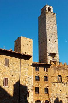 Torre Chigi :Medieval Towers around Plazza Duomo - San Gimignano - Italy San Gimignano Towers
