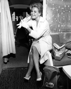 Vintage Glamour Girls: Sandra Dee