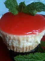 Dawn's Mind Spout: Hawaiian Guava, just try it Guava Desserts, Guava Recipes, Hawaiian Desserts, Hawaiian Dishes, Mini Desserts, Cheesecake Recipes, Just Desserts, Sweet Recipes, Delicious Desserts