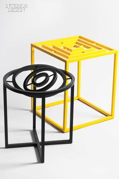 Gyro Stool and Gyro Rectangular for XYZ Integrated Architecture. Interior Design Magazine, Room Interior Design, Metal Furniture, New Furniture, Furniture Design, Palette Table, Home Goods Decor, Home Decor, Coffe Table