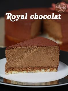 A true classic of the French pâtisserie: the Royal chocolat! To let … – Meine Lieblingsgerichte – Kuchen Rezepte und Desserts Chocolate Fairy Cakes, Chocolate Desserts, Cake Chocolate, Fall Dessert Recipes, Delicious Desserts, Chocolate Mousse Cheesecake, Chocolat Cake, Royal Cakes, Dacquoise