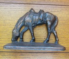 Horse With Saddle Bookend Vintage Cast Bronze Detailed, No Rider, Head Down Vintage Metal, Vintage Items, Silver Trays, Horse Saddles, Decorative Items, Christmas Gifts, Holiday, Bookends, Farmhouse Decor