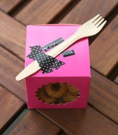 Pfirsich Honig Gugl zum Sonntagnachmittag-auf-der-Couch-Lümmeln Cupcakes, Tableware, Couch, Coffee Meeting, Peach, Honey, Gifts, Drinking Tea, Birthday