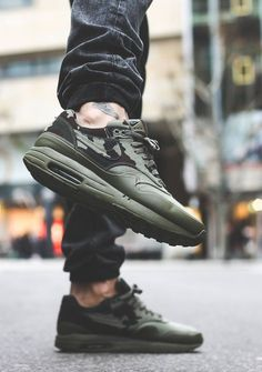 That color is called 'Medium Olive & Dark Army' #nike #airmax #sneakers