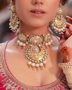 50 Necklaces Design for every bride this wedding season