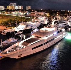 """GLOBAL"", ""ROCKET"" & ""ALTITUDE"" Marina Fort Lauderdale"