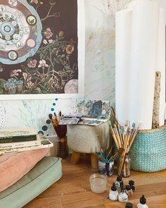 corners ✨ p i n t e r e s t : abbbygiiirl Capricorn Moon, Space Gallery, My Art Studio, Humble Abode, Comfort Zone, Art Studios, Interior And Exterior, Infinite, Creative