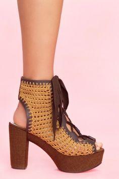 wear w/ skirt & tights