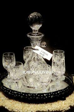 In ons assortiment div kristallen karafsetjes. 7 delig: karaf + 6 glaasjes. 24% loodkristal.