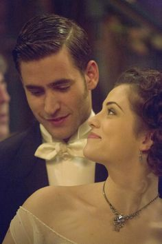 Jessica De Gouw and Oliver Jackson Cohen in Dracula TV Series Episode 5 - sky.com/dracula