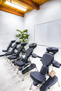 Comfortable chairs by the advance beauty college