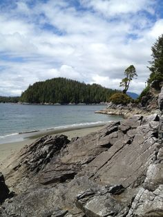 Recommended by the Hidegs for a relaxing getaway on Victoria island. Amazing Places, Beautiful Places, Tofino Bc, Bucket List Family, Victoria Island, The Province, Small Island, Vancouver Island, Capital City