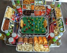 My son is getting interested in soccer. For the birthday party . - My son is getting interested in soccer. For the birthday party, I should instead of the obligatory - Diy Birthday, Birthday Gifts, Diy Cupcake, Ideias Diy, Party Buffet, Snacks Für Party, Superbowl Party Food Ideas, Football Party Foods, Food Humor
