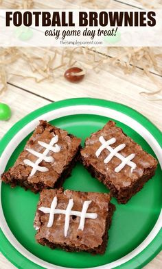 Entertaining & party dessert recipe - Make these easy football brownies for a perfect game day treat! Entertaining & party dessert recipe - Make these easy football brownies for a perfect game day treat! Football Brownies, Football Desserts, Football Treats, Football Party Foods, Football Tailgate, Football Food, Football Birthday, Football Season, Football Parties