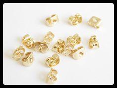 """AAEO004 Mariposa para Broquel en chapa de oro de 14k, medida standard, precio x gramo $10 pesos, precio medio mayoreo $9, precio mayoreo $8, """"""""""""""""""""""""""""""""""""precio VIP $7""""""""""""""""""""""""""""""""""""( 8  pares x gramo aprox)"""