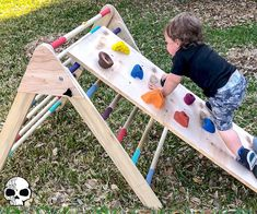 How to Make a Kids Wooden Climber (Pikler Triangle): 17 Steps (with Pictures) Montessori, Kids Climber, Woodworking Projects, Diy Projects, Bois Diy, Beer Pong Tables, Baby Play, Climbers, Diy Toys