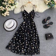 Elegant Vintage Style Black Party Dress With Lace Details Cute Casual Outfits, Pretty Outfits, Pretty Dresses, Sexy Dresses, Beautiful Dresses, Casual Dresses, Vintage Party Dresses, Black Party Dresses, Summer Dresses