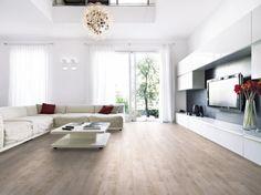 Laminátová podlaha z kolekce Premium, dekor Bibione, odolná vůči oděru (AC4), splňuje zátěžovou třídu 32, impregnace zámku speciálním voskem Isowaxx, 1Floor, cena 424 Kč/m2, www.kpp.cz