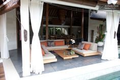 I really like this outdoor space.