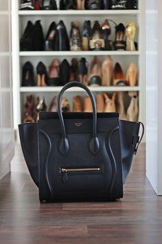 black leather tote #bag :: Luggage Tote by #Celine - black bag women, black side bag, trendy bags *ad