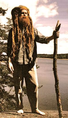 look at that beard. and dreads.