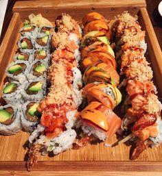 Sushi Recipes, Asian Recipes, Healthy Recipes, I Love Food, Good Food, Yummy Food, Onigirazu, Food Goals, Aesthetic Food