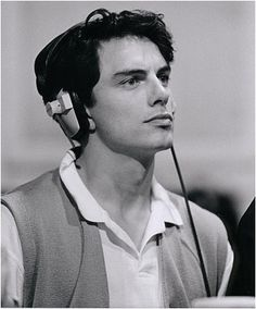 Young John Barrowman, with his five dollar charm and ten dollar smile. Couldn't resist pinning.