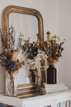 A Cottage In Western Australia Gets A Thoughtful Transformation Fr. - A Cottage In Western Australia Gets A Thoughtful Transformation Front Main - Western Style, Deco Addict, Old Cottage, Aesthetic Rooms, Home And Deco, Dried Flowers, Room Inspiration, Flower Arrangements, Bedroom Decor