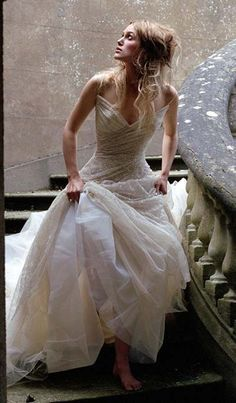 Like Kiera Knightlys hair, but love the dress more!!!