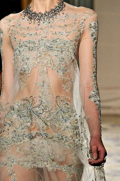 Marchesa - Fall 2012 | Keep the Glamour | BeStayBeautiful