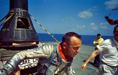 This Week in History: On May NASA astronaut Alan Shepard became the first American in space after piloting the Freedom 7 spacecraft. Apollo Space Program, Nasa Space Program, Nasa Missions, Apollo Missions, Astronauts In Space, Nasa Astronauts, American Space, American History, Astronomy