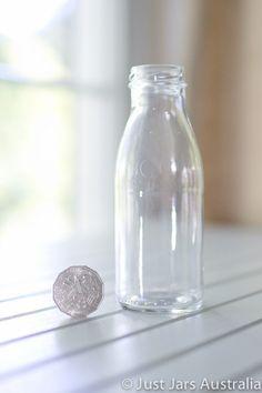 250ml bottle (no lid)