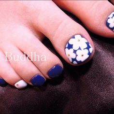 Blue, White and Flowers